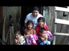 Mission Alida helps family Lopez with clothing